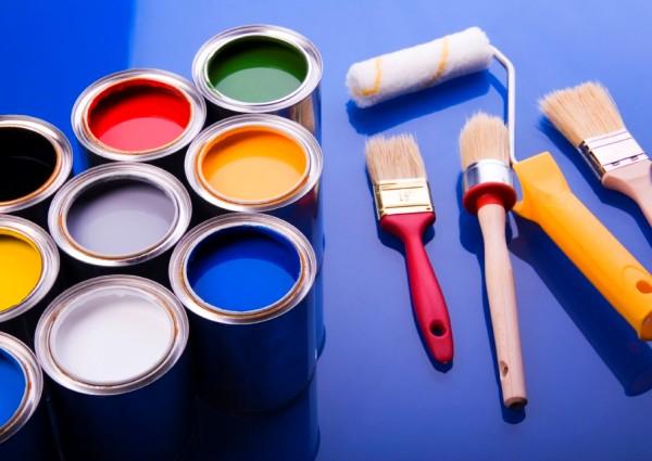 краска и кисти