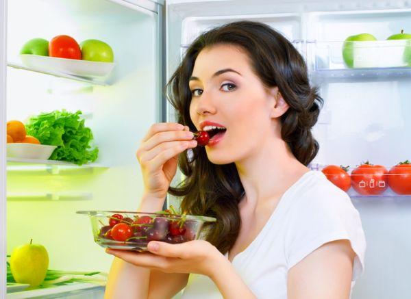 Чистый холодильник без запаха