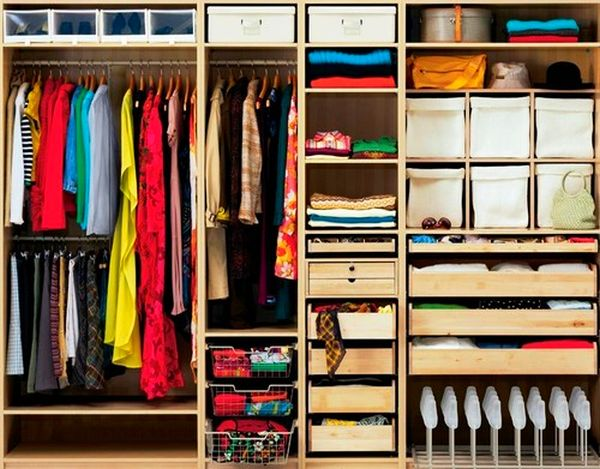 9 способов быстро убрать неприятный запах из шкафа