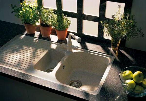 ТОП 7 средств чтобы быстро убрать запахи из раковины на кухне