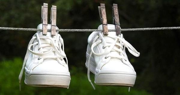 кроссовки на веревке